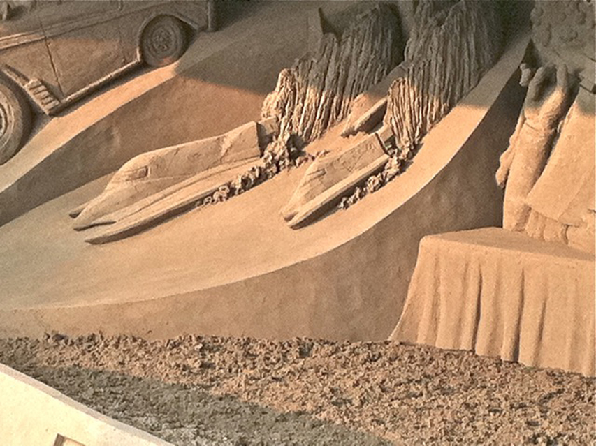 2011 Pittsburgh Sand Sculpture close up boats
